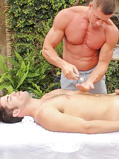 Gay Massage Porn